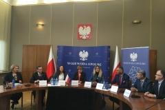 Podpisanie umowy na przebudowę oddziałów - źródło Uniwersytecki Szpital Kliniczny w Opolu